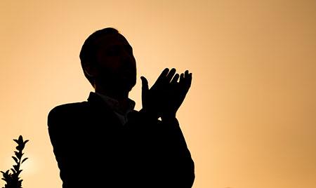 نماز حاجت در روز جمعه,نماز پیامبر در روز جمعه,خواندن نماز حاجت در روز جمعه