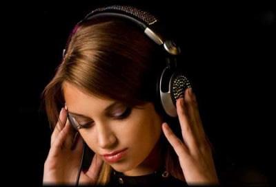 لذت از موسیقی غمگین, گوش دادن به موسیقی غمگین