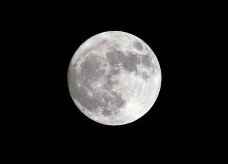 قدمت ماه,زمان تولد ماه