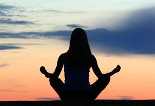 یوگا,فواید یوگا,تاثیر یوگا بر زنان یائسه