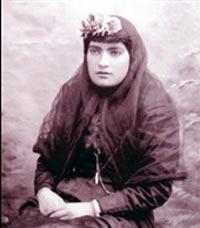 اولين زن روزنامه نگار ايران,نخستين روزنامهنگار زن ايراني,زندگينامه مزين السلطنه