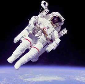 فضا,فضانوردان,نحوه خوابیدن فضا نوردان