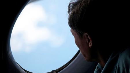 سوراخ های پنجره هواپیما,سوراخ های ریز در پنجره هواپیما