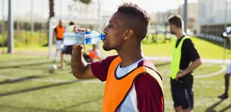 فوتبال,ورزش فوتبال,تغذيه مناسب براي فوتبال