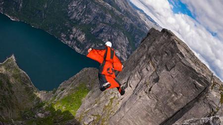 بیس جامپینگ,پرش از ارتفاع بدون طناب,بیس جامپینگ بسیار هیجان انگیز