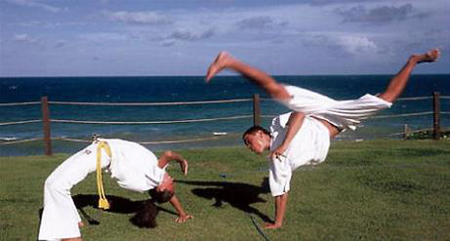 ورزش کاپوئرا ,کاپوئرا , کاپوئرا یا کونگ فو برزیلی