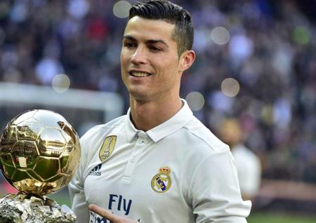 فوتبالیست های معروف, فوتبالیست, فوتبالیست های معروف جهان