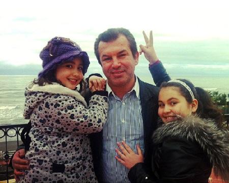 عکس همسر حمید استیلی, حمید استیلی و دخترانش, خانواده حمید استیلی