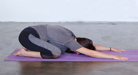 درمان سردرد,سر درد,درمان سردرد با یوگا