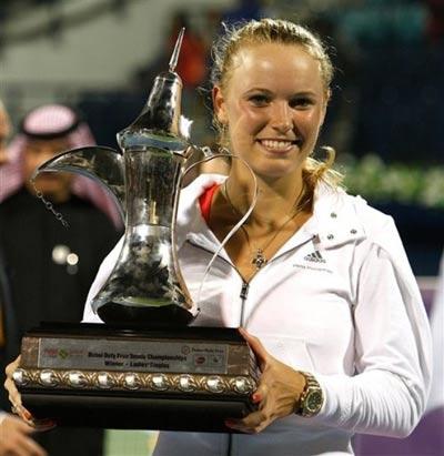 کارولین وزنیاکی,بیوگرافی کارولین وزنیاکی,کارولین وزنیاکی یکی از پردرآمدترین تنیسورها