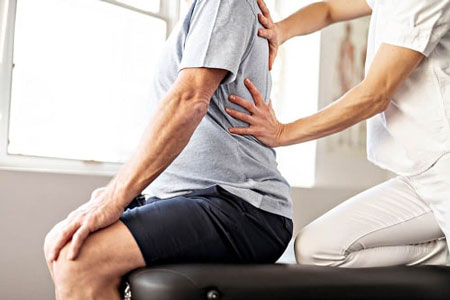 درمان قوز پشتی با چند حرکت ورزشی (+ تصاویر)