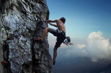 رشته کوهنوردی,انواع شاخه های رشته کوهنوردی,سنگ نوردی