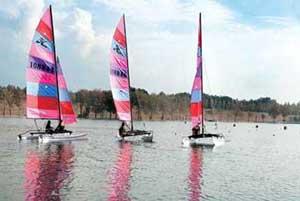 رشته های مختلف قایقرانی,مسابقات قایق رانی