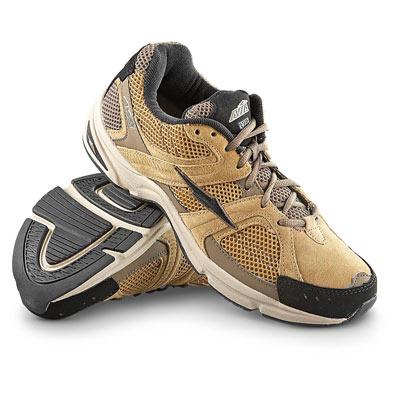 کفش پیاده روی مناسب چه مشخصاتی دارد؟