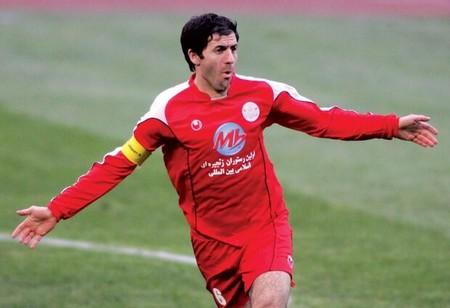 بیوگرافی و عکس های کریم باقری فوتبالیست ایرانی
