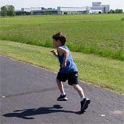 چه ورزشهایی برای کودکان  مناسب است؟