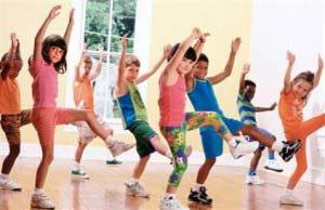 چگونه کودکان را به ورزش تشویق کنیم