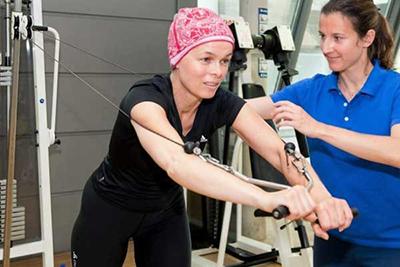 ورزش های کمک کننده به درمان سرطان