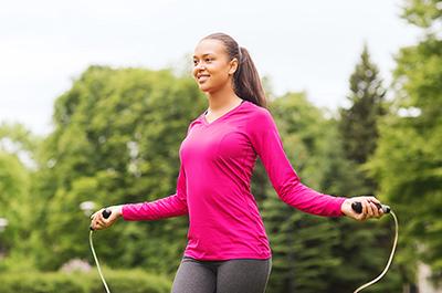 ۱۰ دقیقه طناب زدن برابر ۴۵ دقیقه دویدن است