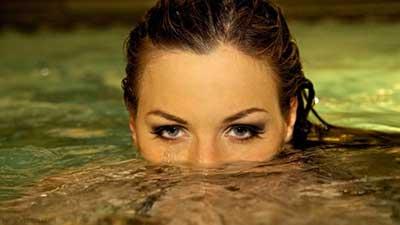 براي چربي سوزي شنا يا دويدن را انتخاب کنيم