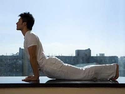 یوگا تغییرات مولکولی مفید در بدن ایجاد میکند