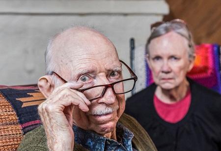 کاهش رفتارهای ناهنجار در سالمندان, دوران سالمندی, رفتارهای ناهنجار در سالمندان
