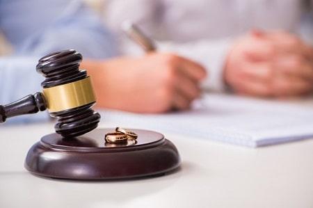 حق طلاق مشروط, چگونه حق طلاق به زوجه داده میشود, شرایط واگذاری حق طلاق به زوجه