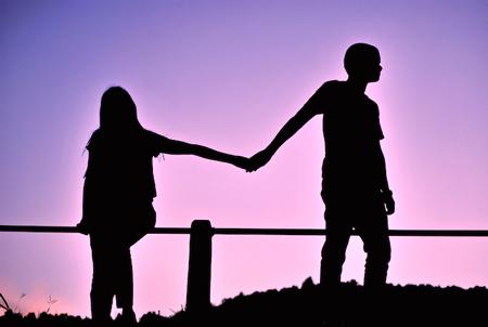 عاشق افراد اشتباه, عشق اشتباه, چرا همش عاشق آدمهای اشتباه میشم