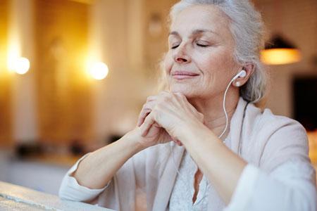 نیازهای سالمندان + تفریحات مناسب برای سالمندان