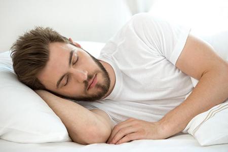 جدا خوابيدن همسر،مزاياي خوابيدن در کنار همسر