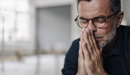 مقابله با استرس سالمندان در دوران شیوع ویروس کرونا,سایه کرونا بر سلامت روان سالمندان