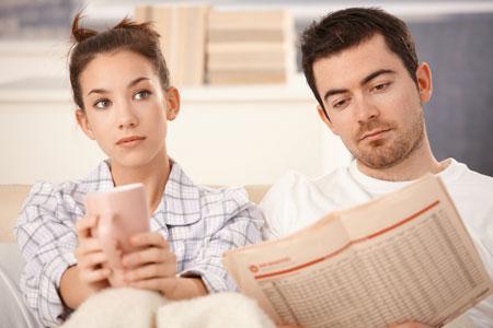حس میکنم شوهرم دوستم نداره,حس میکنم شوهرم دوستم نداره چکار کنم