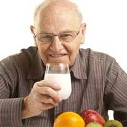 سالمندان,نياز غذايي سالمندان,برنامه غذايي سالمندان
