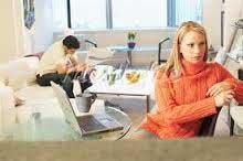 مشکلات بین زن و مرد, کنایه بین همسران,اختلافات زن ومرد