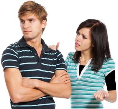9 نشانه که عشق تان هنوز درگیر رابطه قبلی اش است