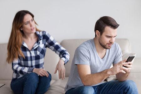 چگونه بعد از آگاهی از خیانت همسر رفتار کنیم