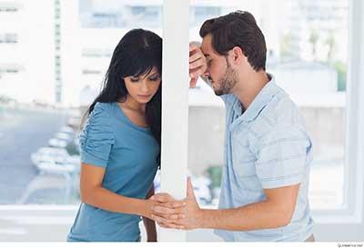 وقتی همسرتان در هم شکسته است، چه باید بکنید