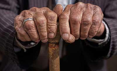 حمایت از سالمندان